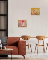 Sample Interior with Momenti Che 4